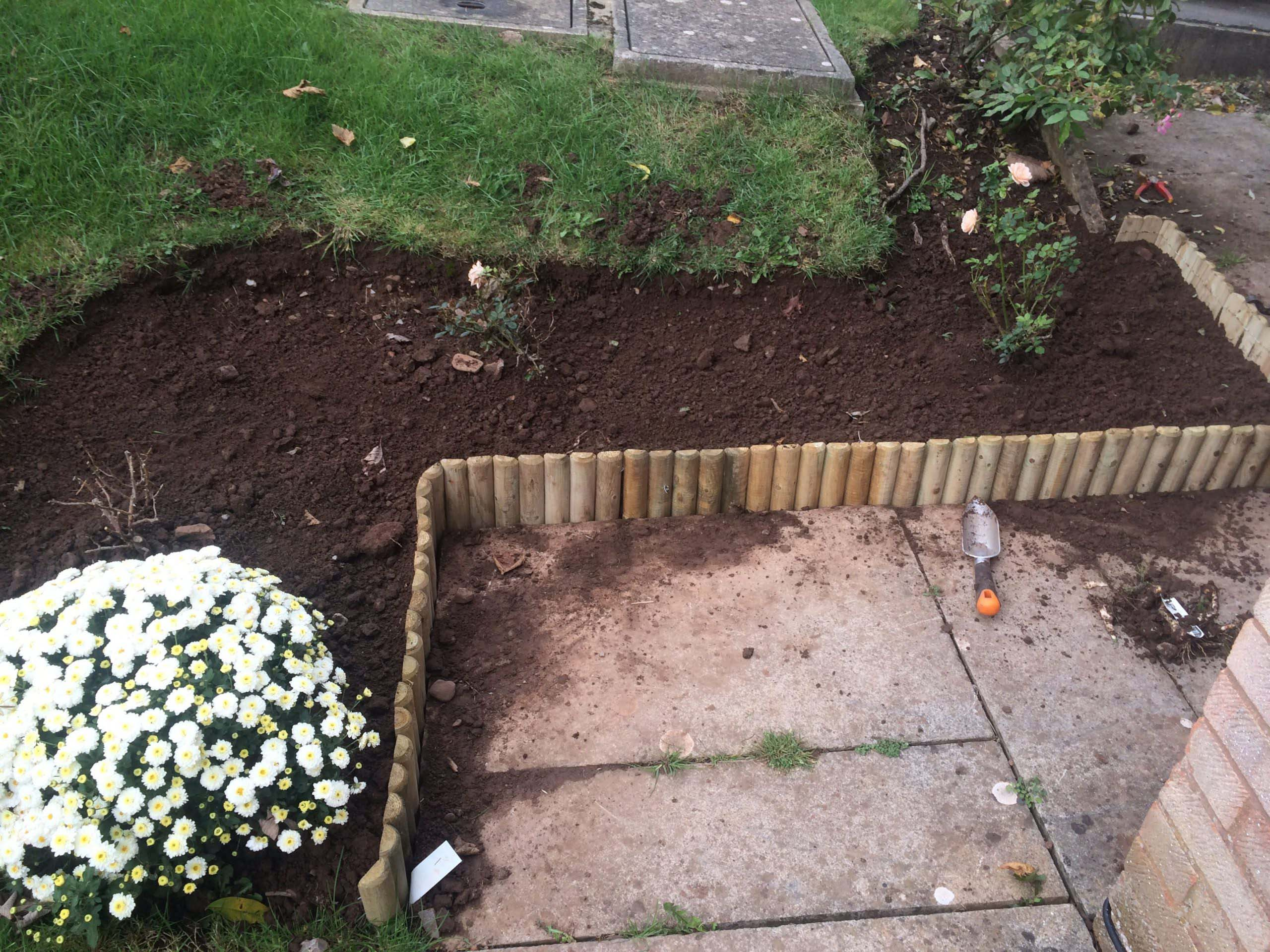 Installing Wooden Border Roll After
